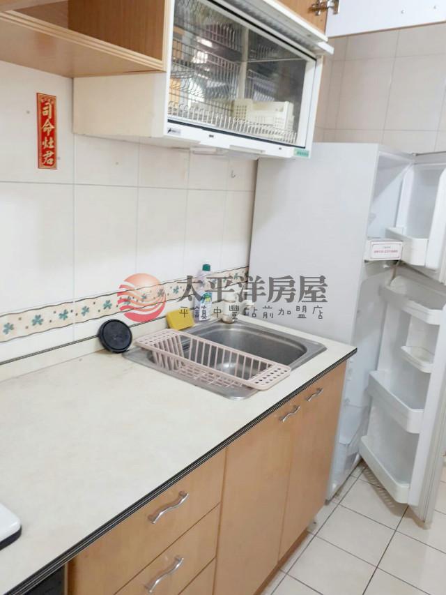 中正國小二房車,桃園市中壢區榮安三街