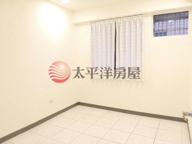 ◆龍岡電梯美3房+車位◆,桃園市平鎮區龍南路